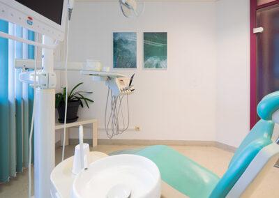 Behandlungszimmer bei Zahnarzt Dr. Herzog und Zahnarzt Dr. Bauer