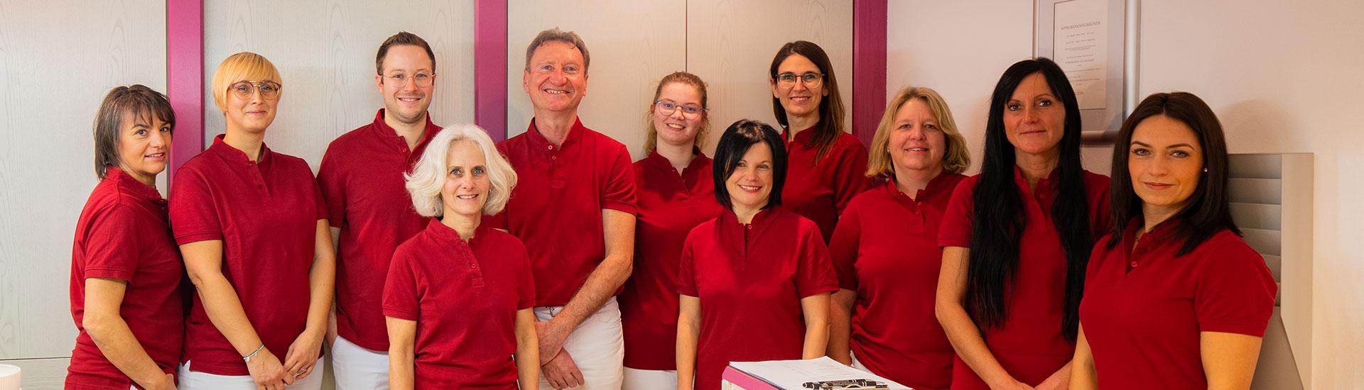 Team in der Zahnarztpraxis in Essenbach