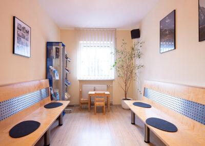 Wartebereich in der Zahnarztpraxis in Essenbach